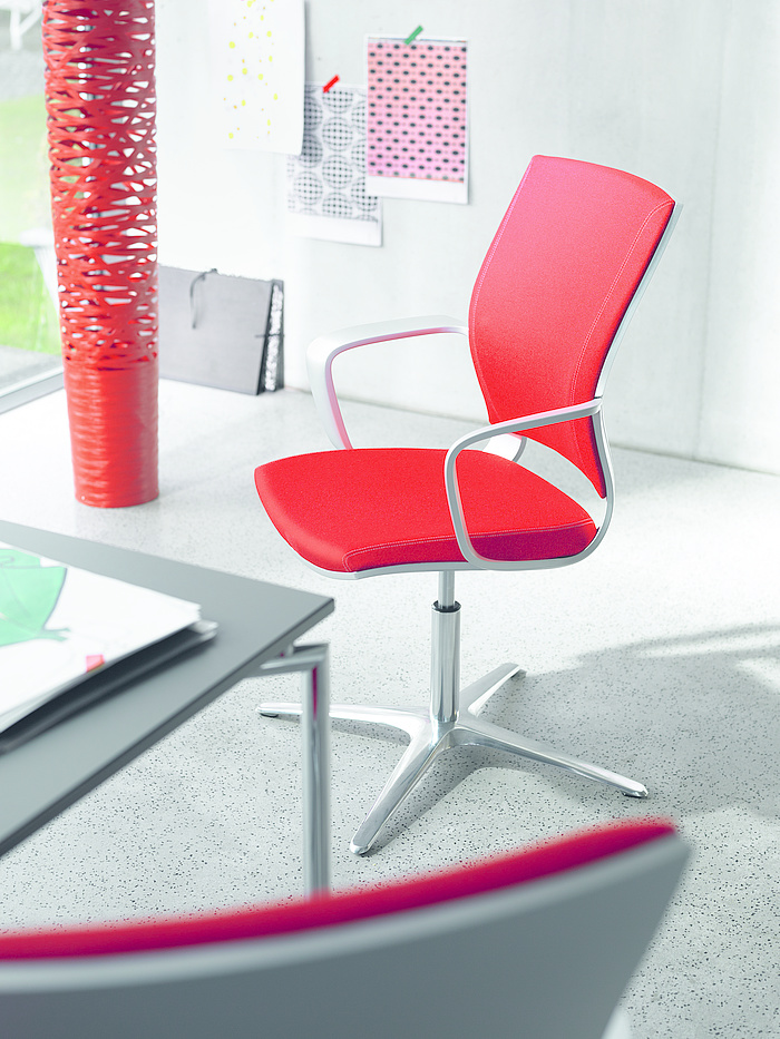 Moteo Perfect visitor swivel chair