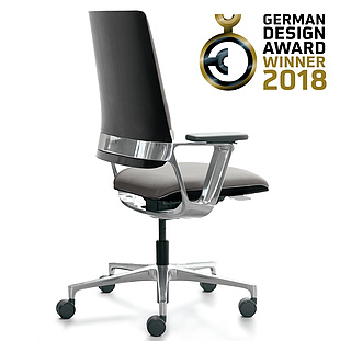 Top-class design, top-class award. Connex2 by Klöber receives the German Design Award 2018.